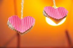 Hjärta två ingen oranebakgrund royaltyfria bilder
