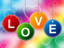 Hjärtaförälskelse föreställer vänromantiker och hjärtor Arkivbild