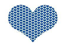 Hjärtaform fyllde med blåa tyghjärtor i en repetitionmodell Royaltyfria Foton