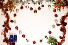 Hjärtaform smyckar julgarneringgränsen Arkivbild