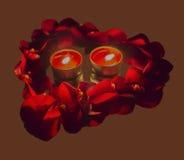 Hjärtakontur från kronblad av rosor med stearinljus Royaltyfria Foton