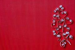 Hjärtor av papper som quilling för valentin dag Arkivbilder