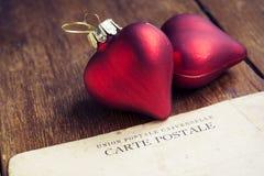 Hjärtor med vykortet Arkivbilder