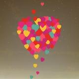 Hjärtor som flyger förälskelse, äger rum i luftvalentindagen Gr Arkivbilder
