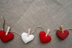 Hjärtor som göras med händer Royaltyfri Fotografi