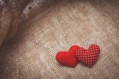Hjärtor som göras med händer Fotografering för Bildbyråer