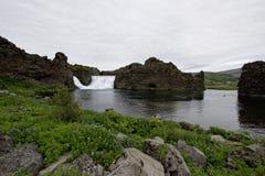 Hjalparfoss em Islândia sul, Europa Foto de Stock