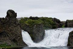 Hjalparfoss i södra Island, Europa Royaltyfri Fotografi