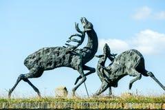 Hjortar och fiskrom Skulptur av hjortar och fiskromen på den Petrovaradin fästningen, Novi Sad, Serbien Royaltyfria Foton