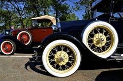 Hjul av en klassisk Ford bil royaltyfri fotografi