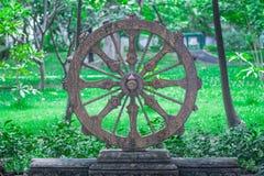 Hjul av liv eller Dharmachakra, hjul av Dhamma Arkivbild