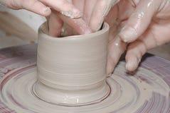 hjul för handkeramiker s Arkivfoton