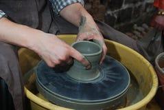hjul för hantverkarehandkeramiker s Royaltyfria Foton