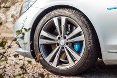 Hjul för Mercedes-Benz S 500e inkopplingshybrid- Sedan 2016 Royaltyfria Foton