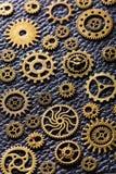 Hjul för Steampunk mekaniska kuggekugghjul på läderbakgrund Royaltyfria Bilder