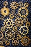 Hjul för Steampunk mekaniska kuggekugghjul på läderbakgrund Arkivbild