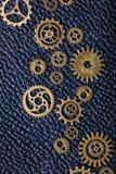 Hjul för Steampunk mekaniska kuggekugghjul på leathern bakgrund Royaltyfri Bild