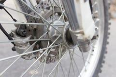 Hjul på cykeln arkivfoto