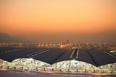 Hk国际机场晚上 库存照片