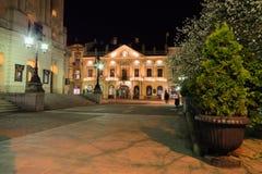 Hlavna的Ulica夜视图 免版税库存图片