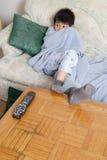 hålla ögonen på för pojkefasafilm Fotografering för Bildbyråer