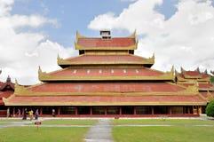Hluttawen i den Mandalay slotten Arkivbild
