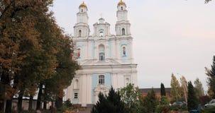 Hlybokaye of Glubokoye, het Gebied van Vitebsk, Wit-Rusland Geboorte van Maagdelijke Kathedraal Gewijd aan Kerk van Ongeschoeide  stock footage