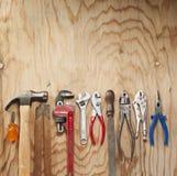 Hölzerne Hintergrund-Werkzeuge Lizenzfreies Stockfoto
