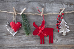 Hölzerne Weihnachtsrotwild Stockfoto