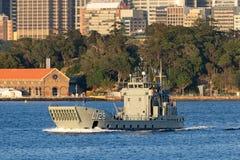 HMAS Labuan L 128 Balikpapan-klasselandungsboot von der k?niglichen australischen Marine in Sydney Harbor stockbilder