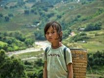 Hmong flicka från Sapa, Vietnam Royaltyfria Bilder