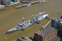 HMS Belfast op de Rivier Theems Royalty-vrije Stock Afbeeldingen