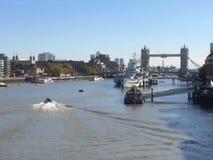 HMS Belfast på den södra banken, London Arkivbild