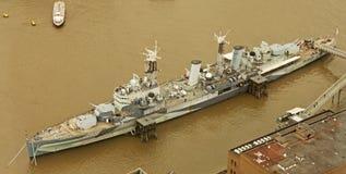 HMS Belfast von der Scherbe Lizenzfreie Stockfotos