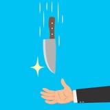 Hände des Geschäftsmannes ein Messer fangend Lizenzfreies Stockfoto