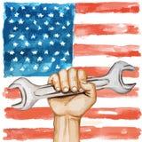 Hände mit Schlüssel auf dem Hintergrund der USA-Flagge Lizenzfreie Stockfotografie