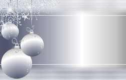 Hängendes silbernes Weihnachten verziert Hintergrund Lizenzfreies Stockfoto