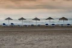Hängmatta och strand Royaltyfria Bilder
