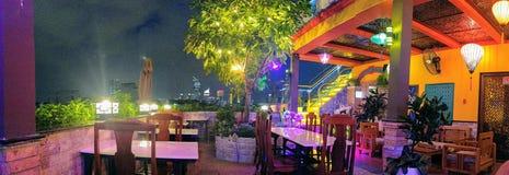 Ho Chi Minh City en la noche, Vietnam fotografía de archivo libre de regalías