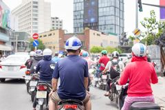 Ho Chi Minh City, Vietnam - September 1, 2018: De motorfietsen lopen in Ho Chi Minh City van de binnenstad royalty-vrije stock foto's