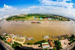 HO CHI MINH miasto (SAIGON) - LIPIEC 03, 2014 - Ładny widok część miasto od wzrosta w śródmieściu Zdjęcie Stock