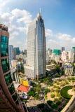 HO CHI MINH miasto (SAIGON) - LIPIEC 03, 2014 - Ładny widok część miasto od wzrosta w śródmieściu Obraz Stock
