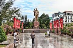 Ho Chi Minh ` s statua wewnątrz Może Tho miasto Obraz Royalty Free