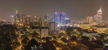 Ho Chi Minh Saigon pejzażu miejskiego życie nocne Azja Zdjęcia Stock