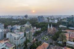 Ho Chi Minh-Stadt im Sonnenuntergang stockbilder