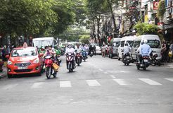 HO CHI MINH STADT, VIETNAM - 24. Februar 2017: Erstaunlicher Verkehr von Asien Stockbild