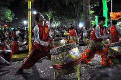 Presteren van slagwerkers levend tijdens het Tet Nieuwjaar, Vietnam Royalty-vrije Stock Afbeelding
