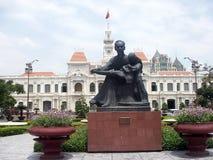 Ho Chi Minhs Statue Stockfotos