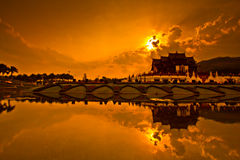 Ho Kham Luang i solnedgången Royaltyfria Bilder