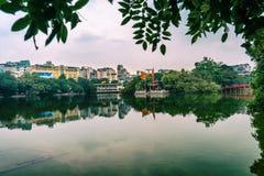 Hoan Kiem sjö Royaltyfri Fotografi